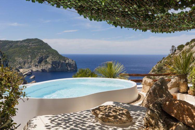 hotel con piscina privada ibiza